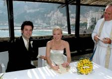 Outdoor ceremony for protestant wedding in Amalfi