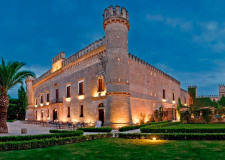 Façade of Castello Monaci for castle weddings in Puglia