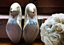 Glamorous bridal shoes for Tuscany wedding