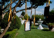 Table plan on tree branches for castle wedding at Vincigliata