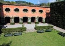 Gardens of Villa Grabau venue for weddings in Tuscany