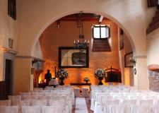 Wedding ceremony at Il Palagio castle in Tuscany