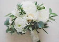 Bridal bouquet in white and green
