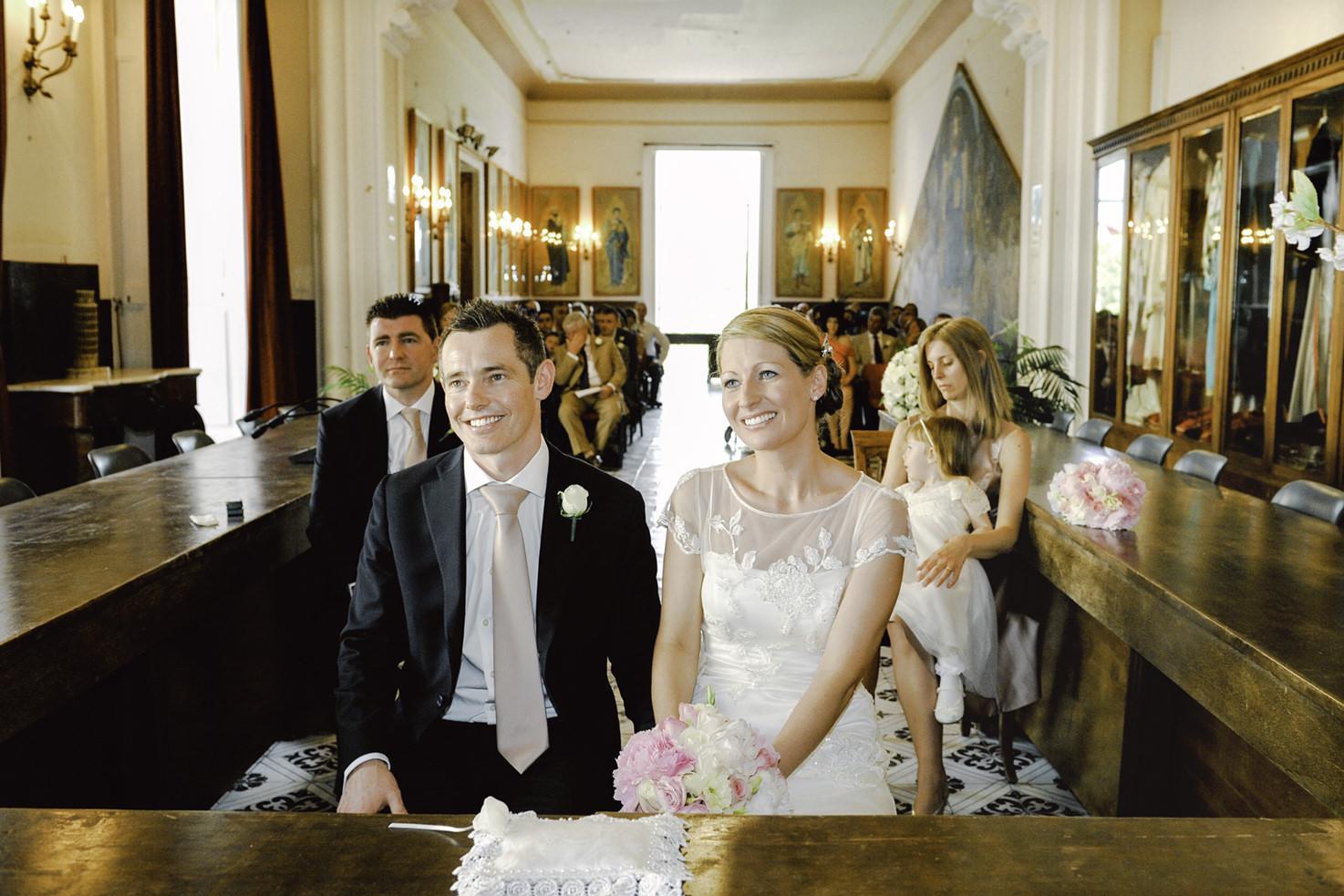 Civil wedding in Amalfi town hall
