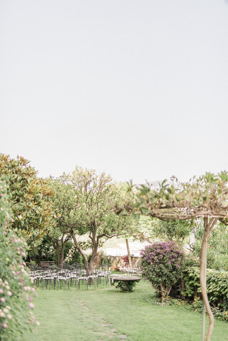 Wedding ceremony in the gardens of Hotel Santa Caterina