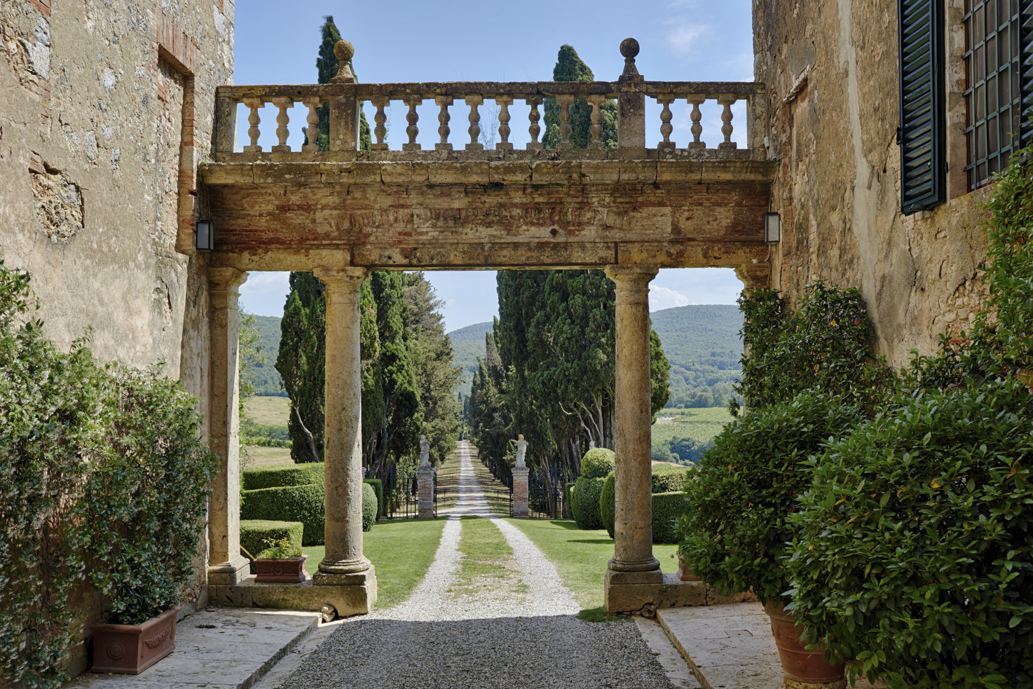 Façade of Borgo Stomennano, Siena