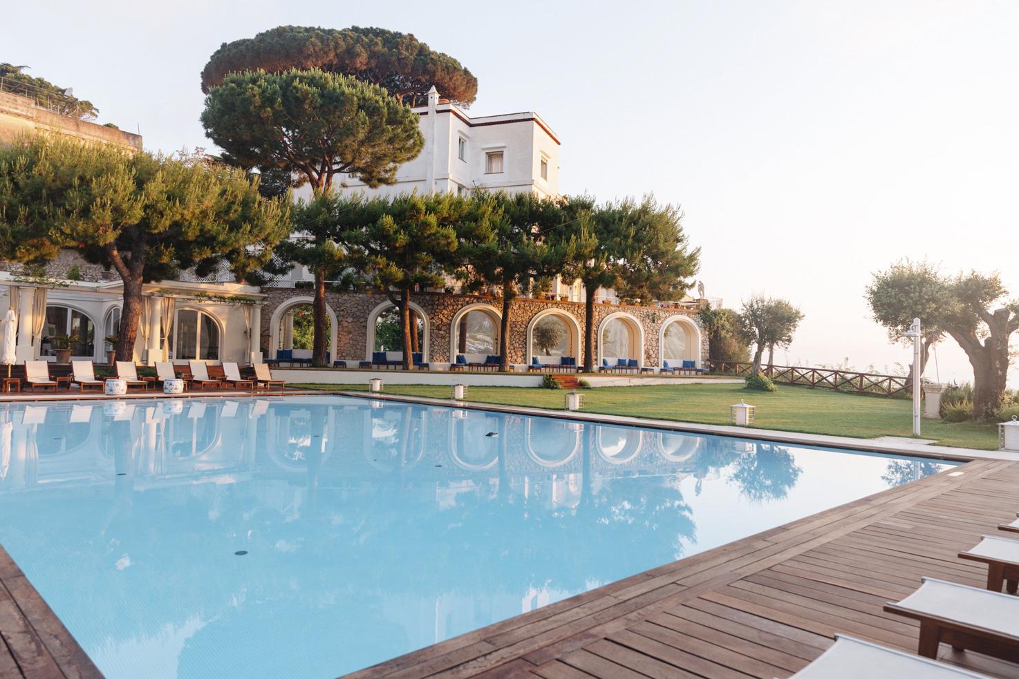 JK Place panoramic pool