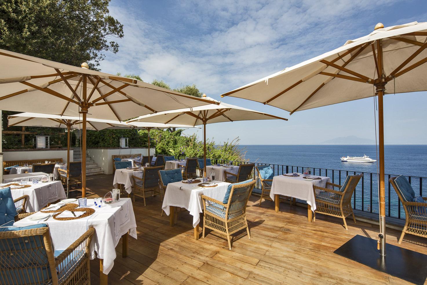JK Place Hotel Terrace Restaurant