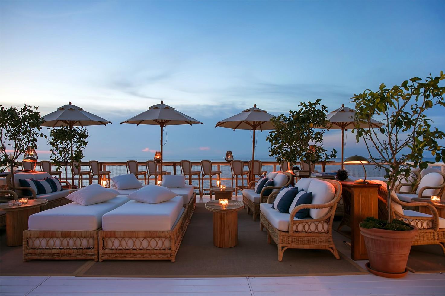 Il Riccio Terrace bar at sunset