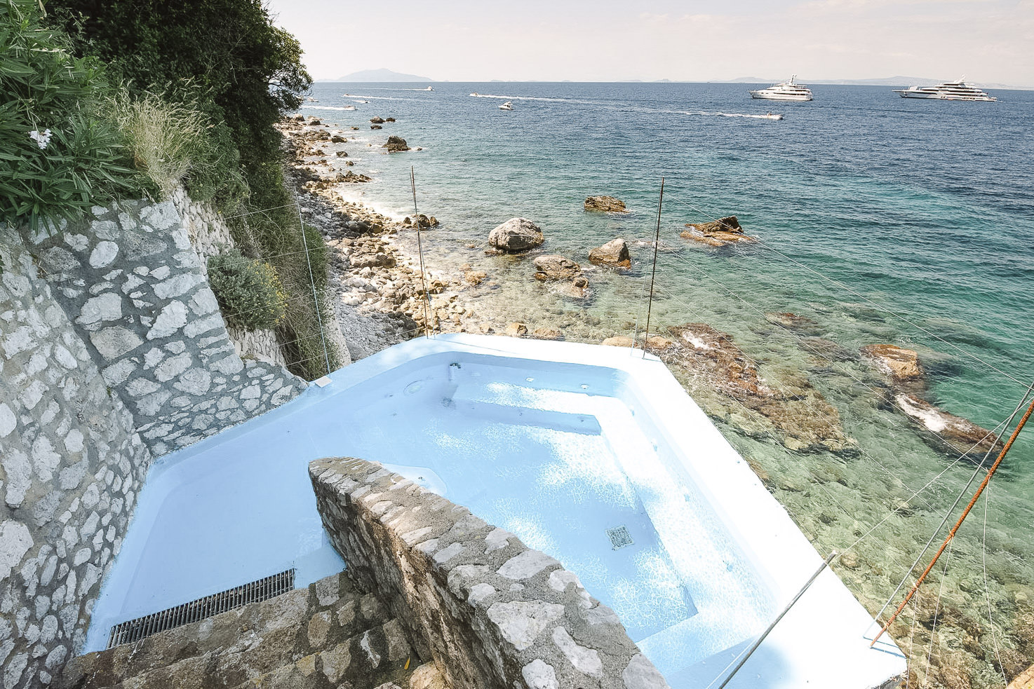 Private Jacuzzi by the sea