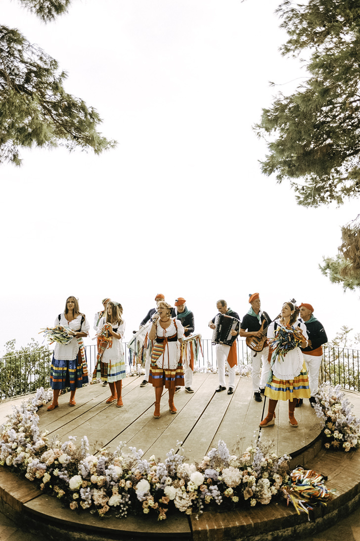 Folk dances in Capri