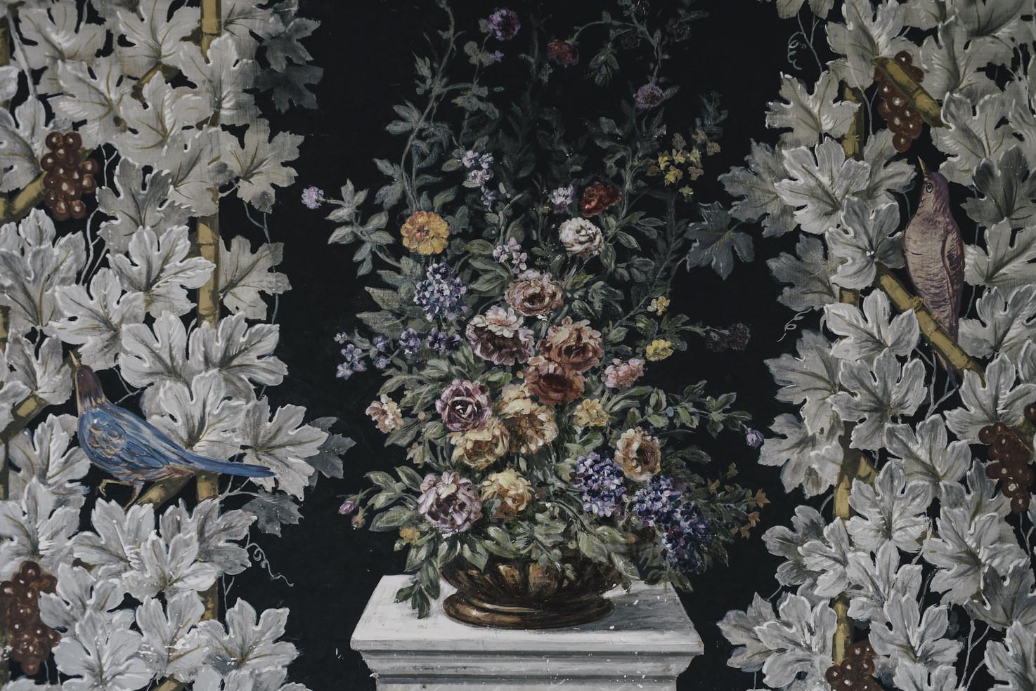 Floral frescoes inside Villa Miani