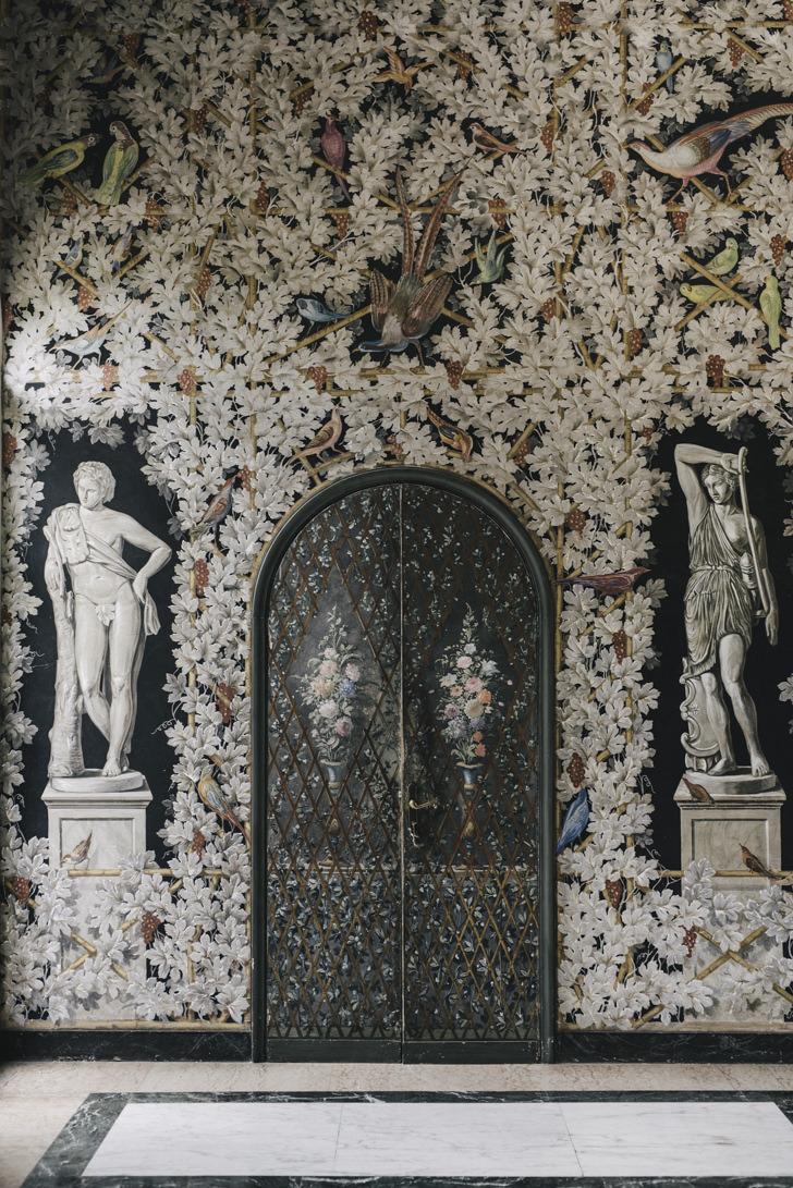 Frescoed hall at Villa Miani
