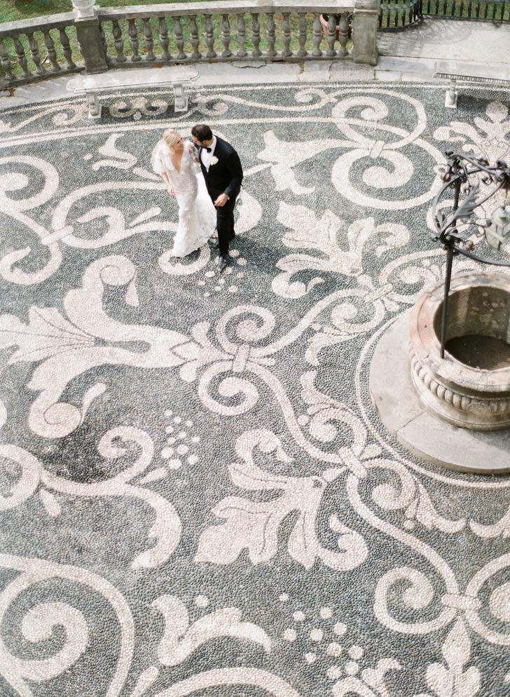 Bridal couple at Villa Durazzo