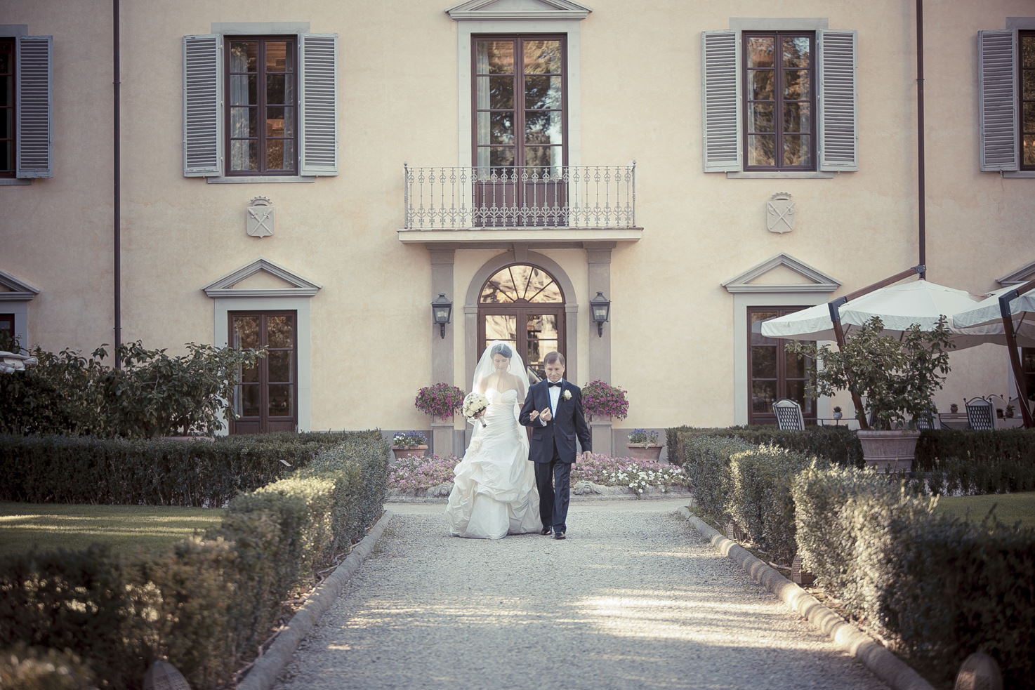 Arrival of the bride at Four Seasons Hotel, Florence