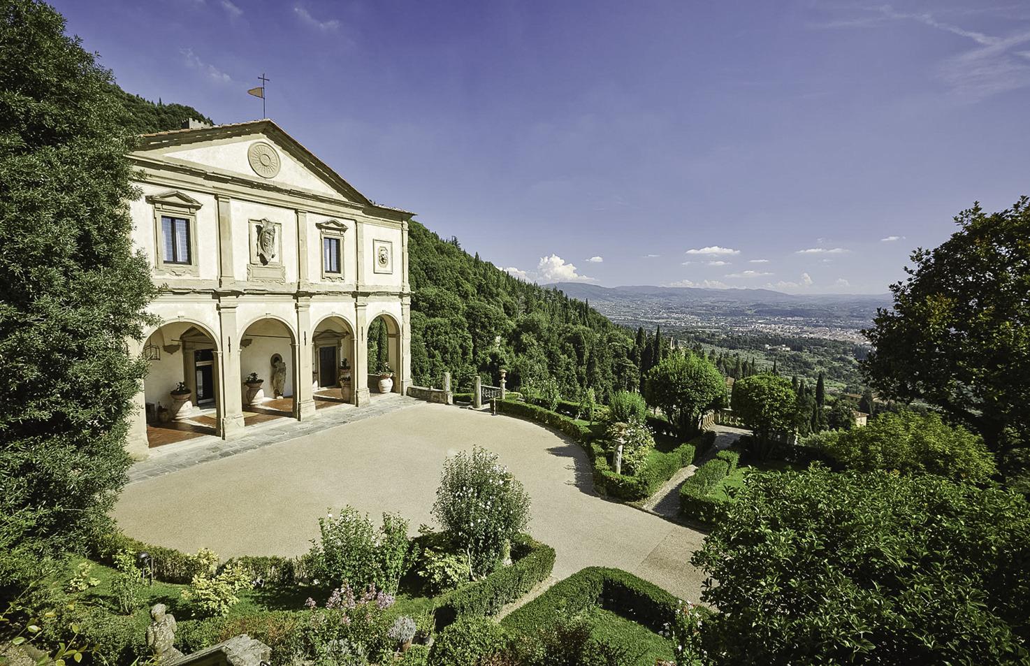Façade of Villa San Michele