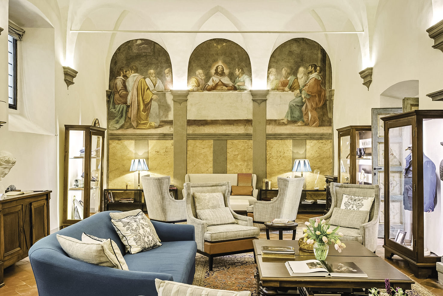 Frescoed hall at Villa San Michele