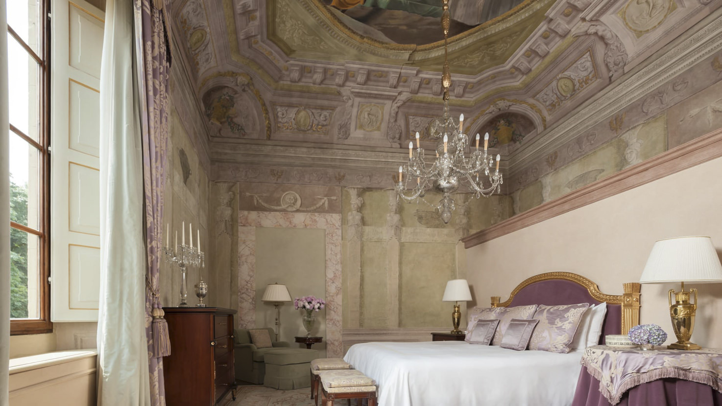 Bedroom of the royal suite