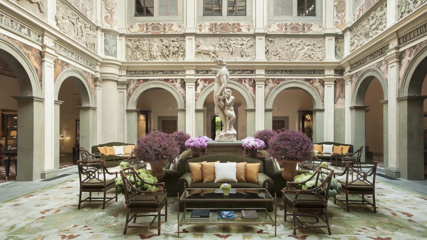 Loggia of Four Seasons Hotel