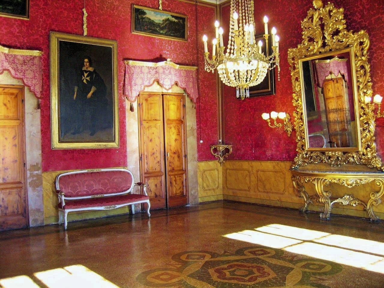 Red hall at Villa di Maiano
