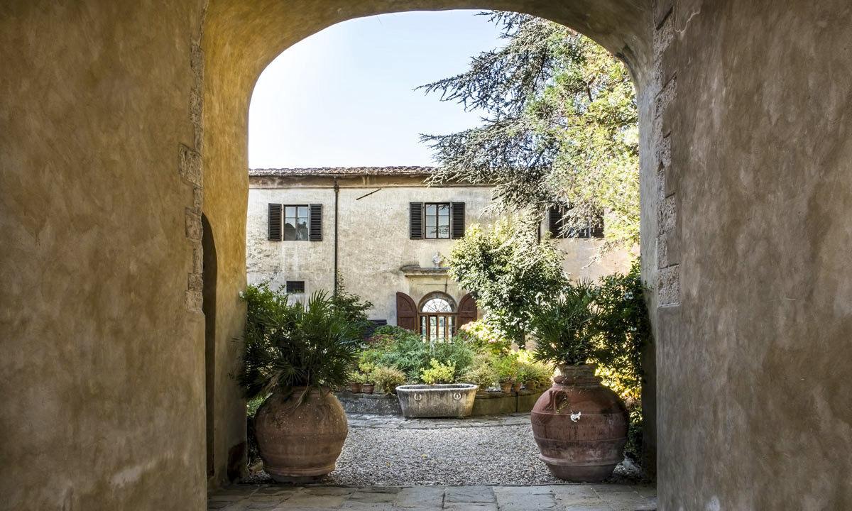 Courtyard of Villa di Lilliano