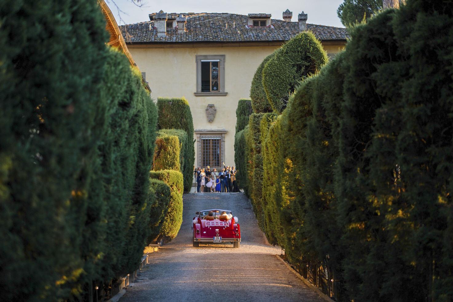 Arrival at Villa Gamberaia