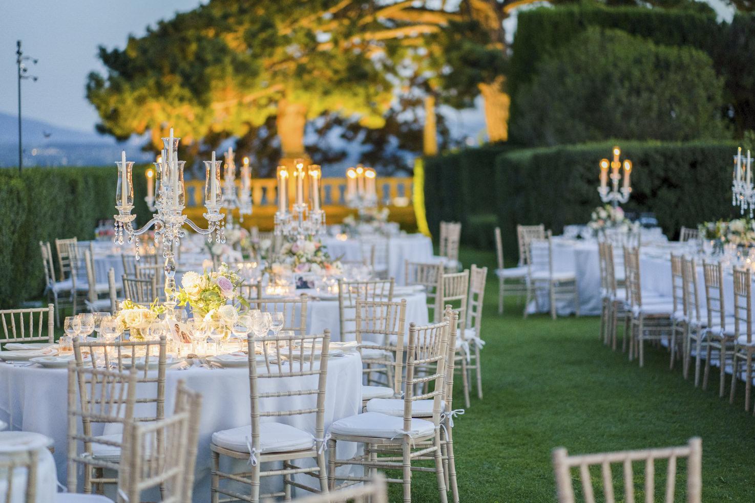 Wedding banquet in the gardens of Villa Gamberaia