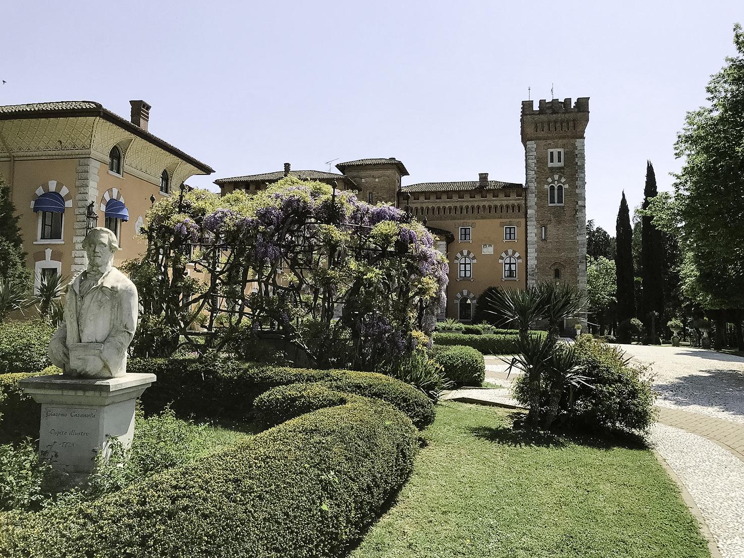 Entrance of Castello di Spessa
