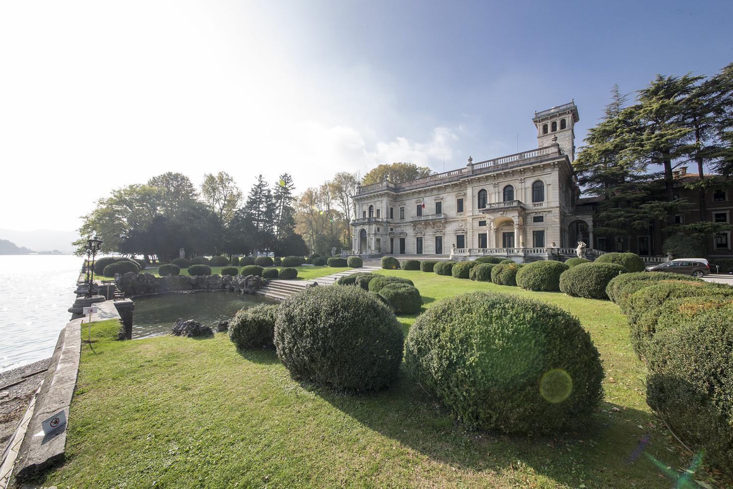 Villa Erba facing Lake Como