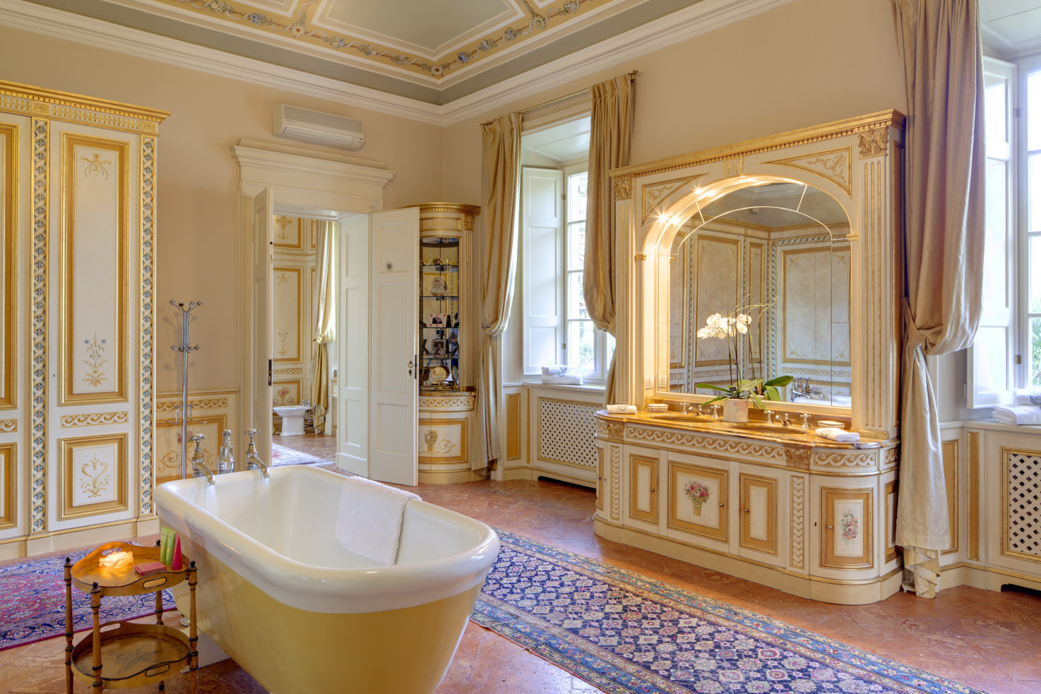 Bathroom of Suite Laura