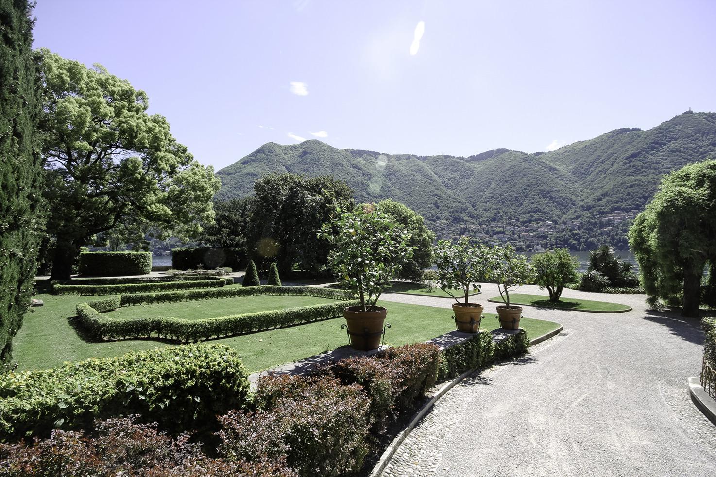 Villa Pizzo Gardens