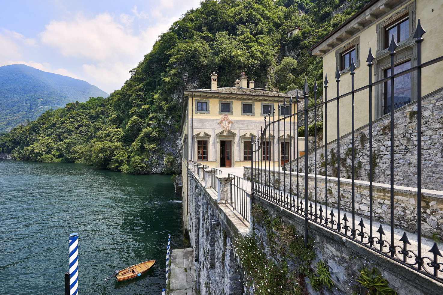 Terrace with view over Lake Como