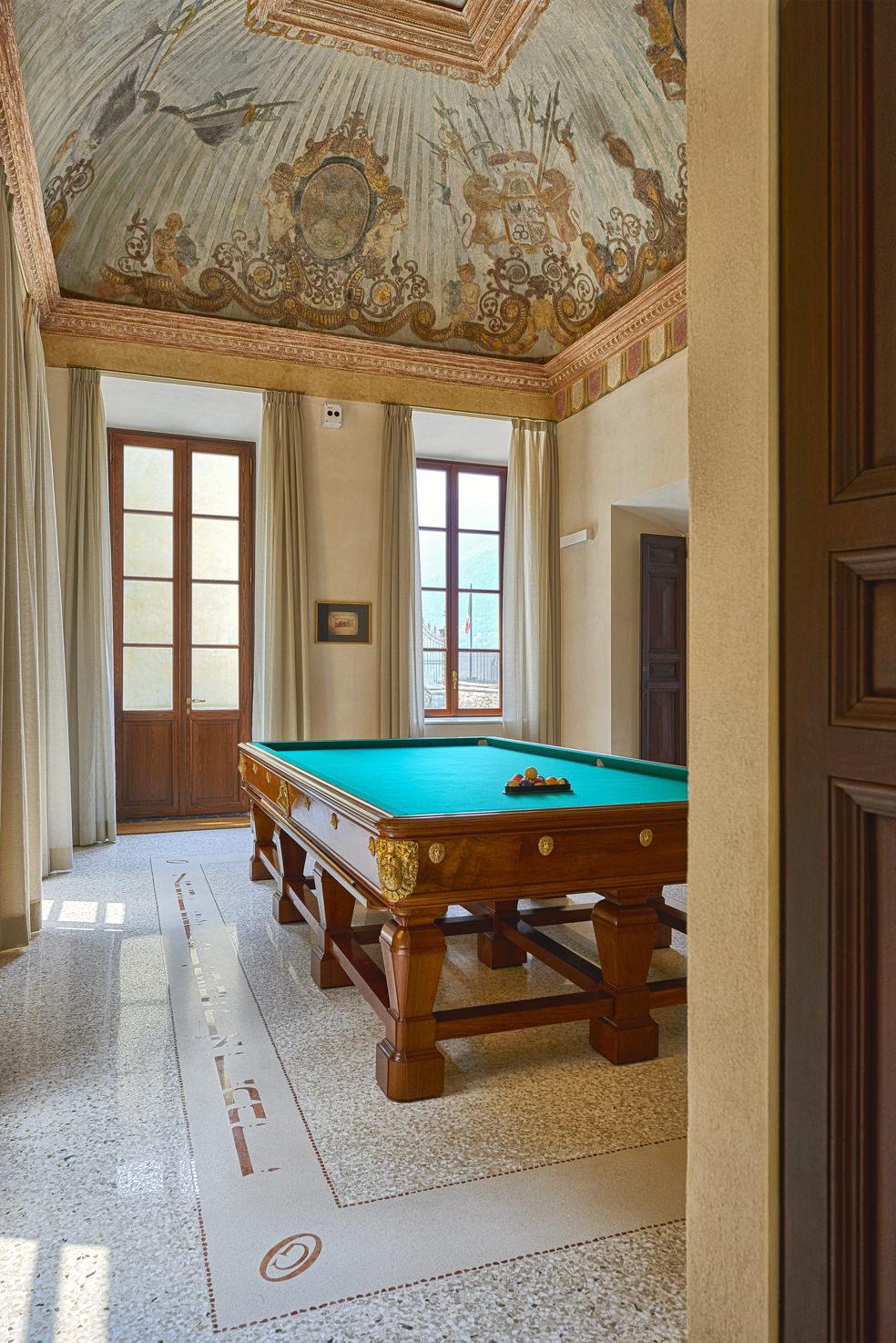Villa Pliniana interior
