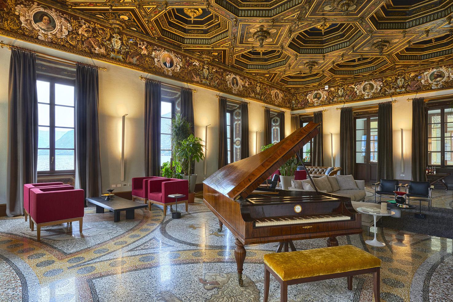 Salon with grand piano
