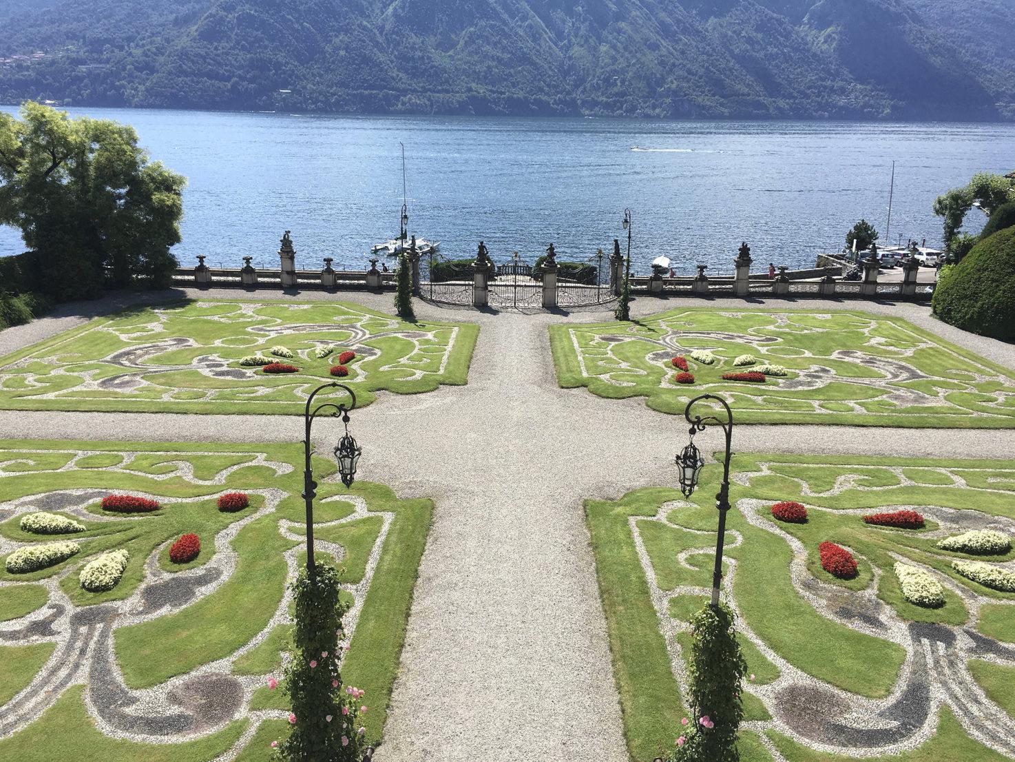 Italian garden at Villa Sola Cabiati