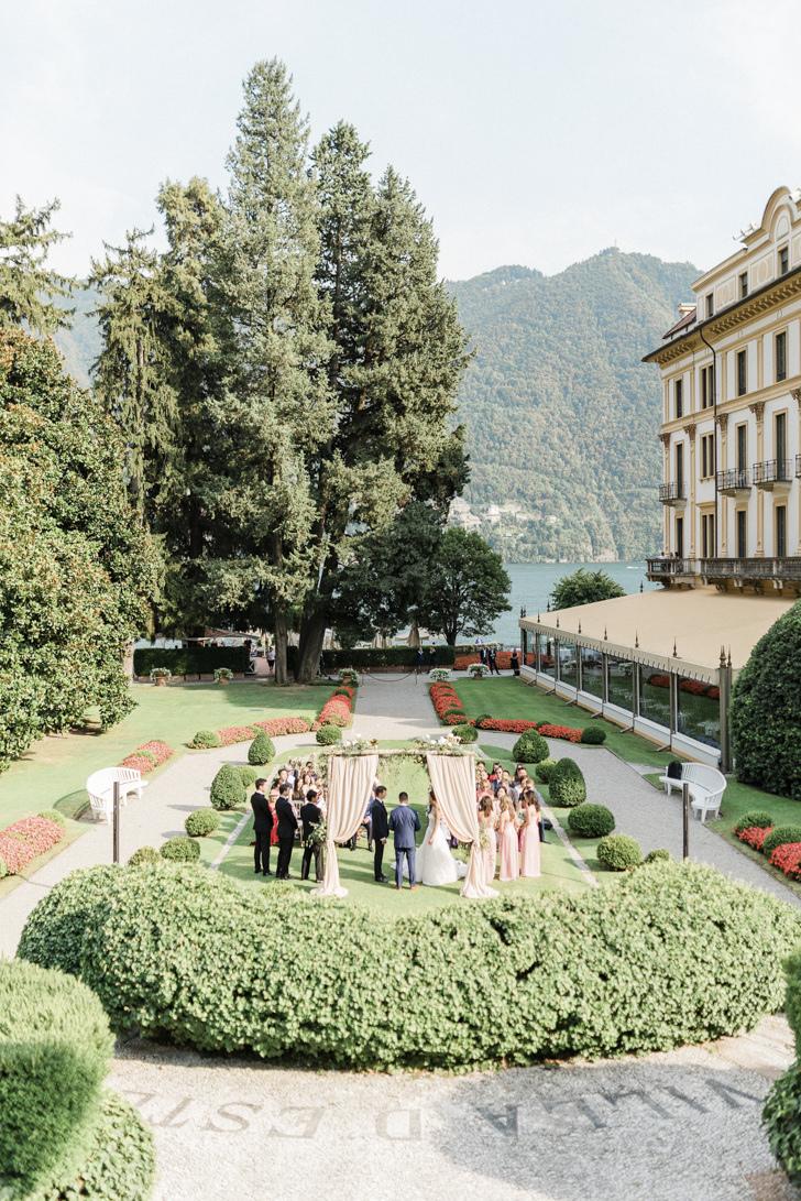 Wedding ceremony in the garden of Villa D'Este