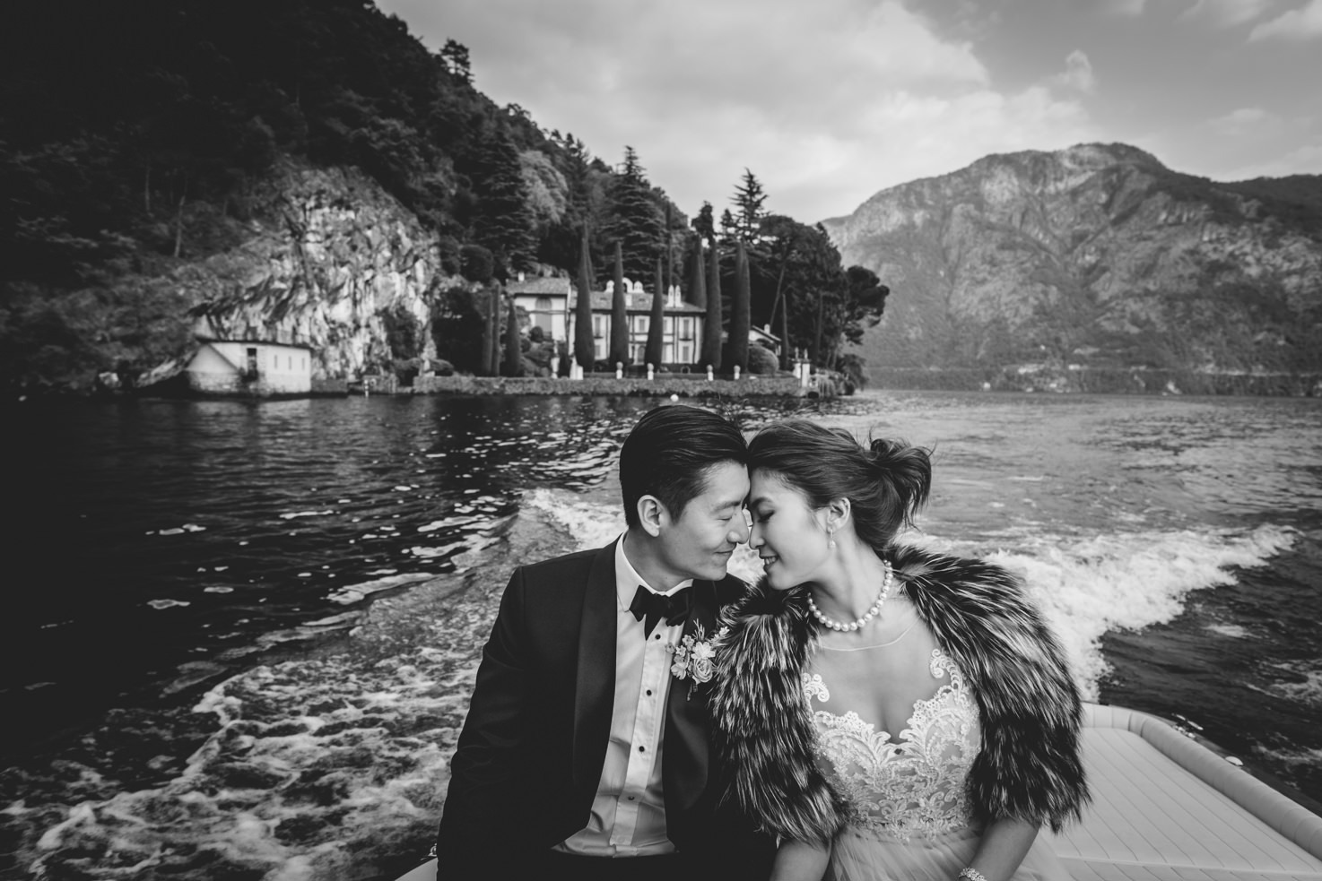 Destination wedding on Lake Como
