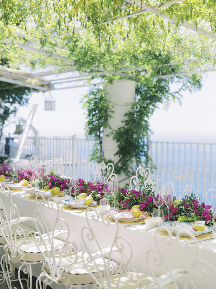 Long table for bridal shower in Positano