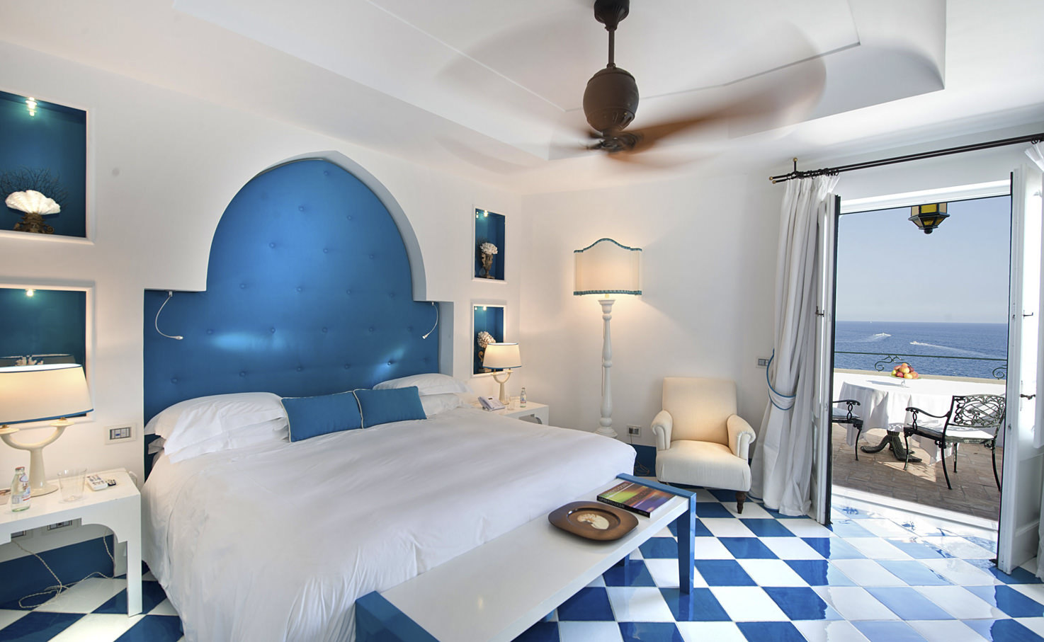 Luxury room of Villa Tre Ville