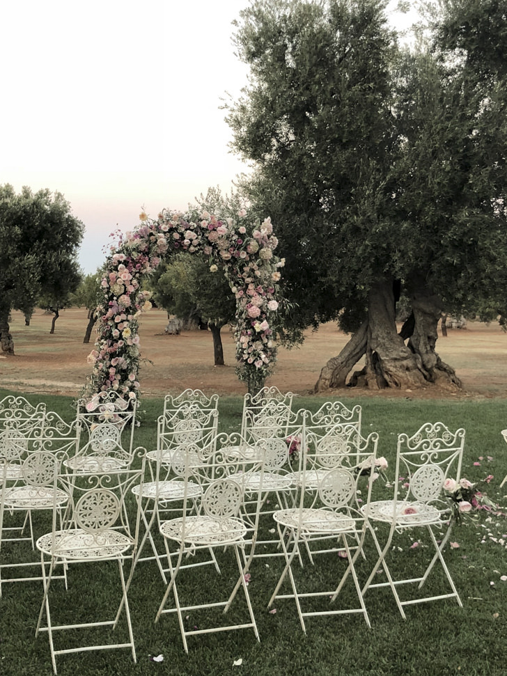 Wedding ceremony at Masseria Pettolecchia
