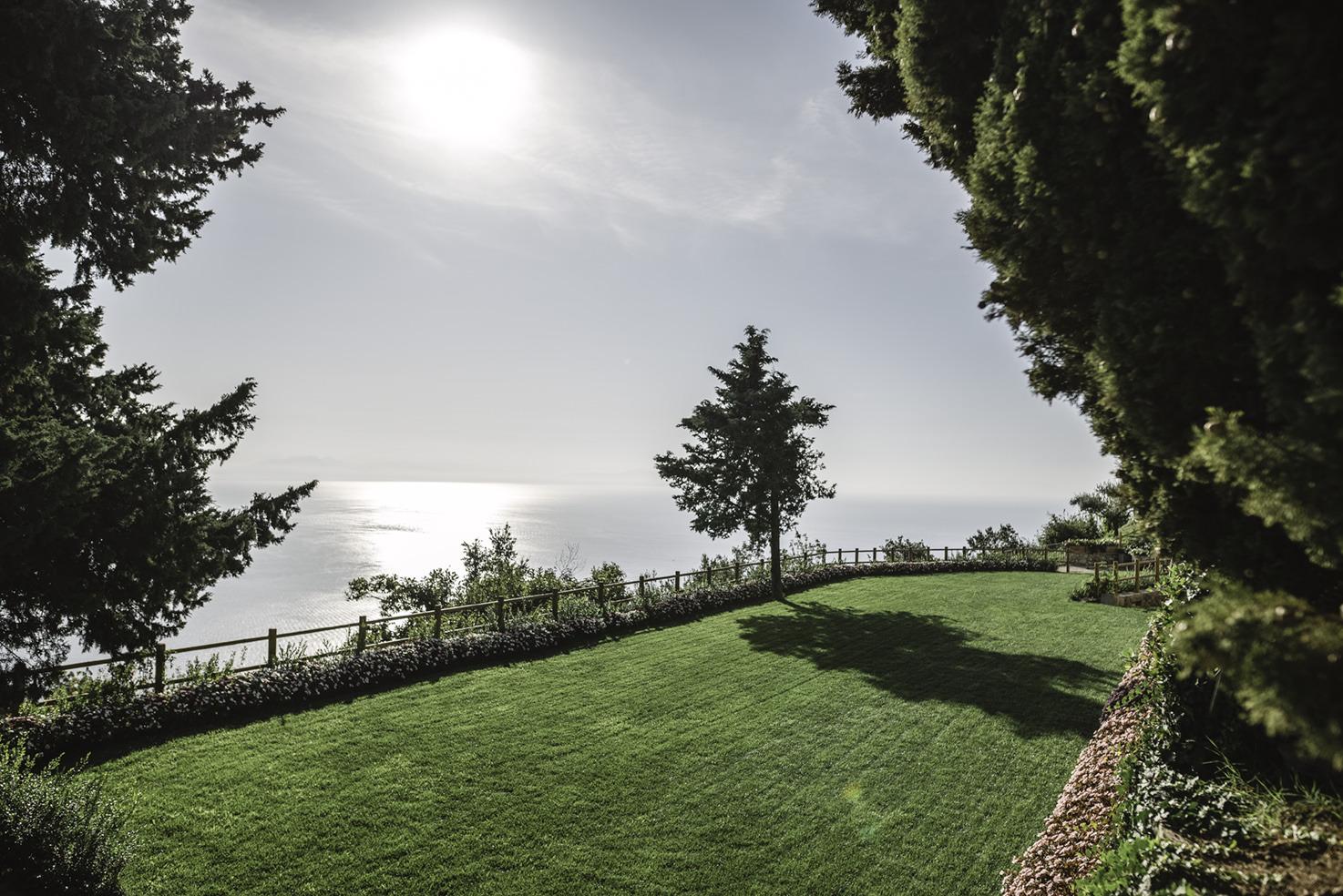 Gardens with sea view at Villa La Rondinaia