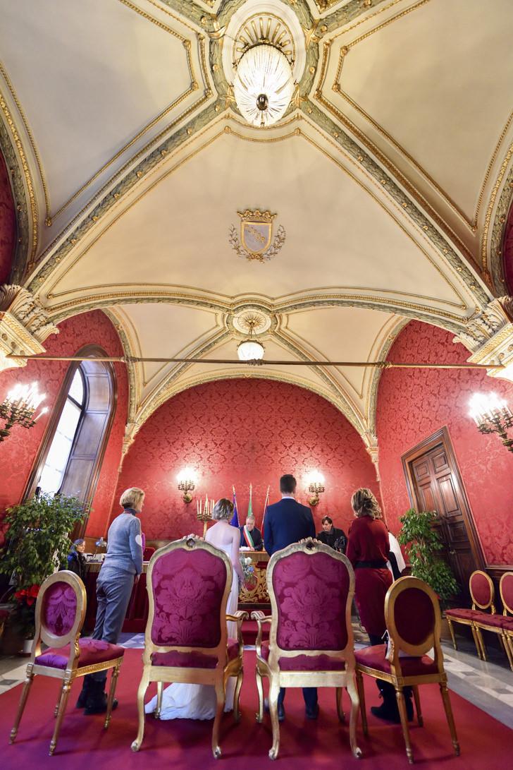 Civil ceremony in the Campidoglio Red Hall
