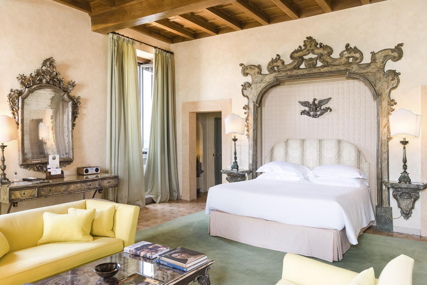 Castello Senior Suite
