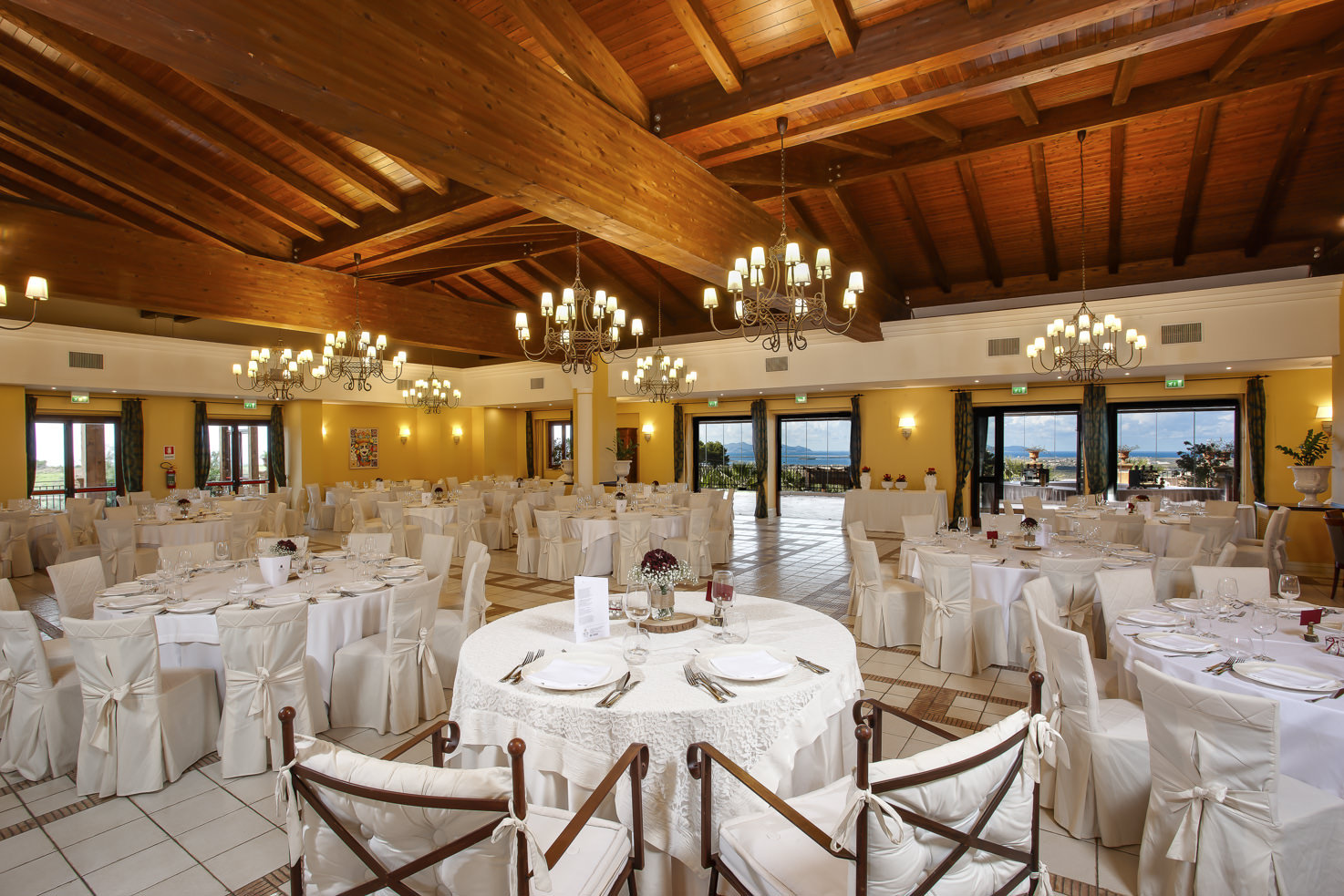 Restaurant for wedding receptions