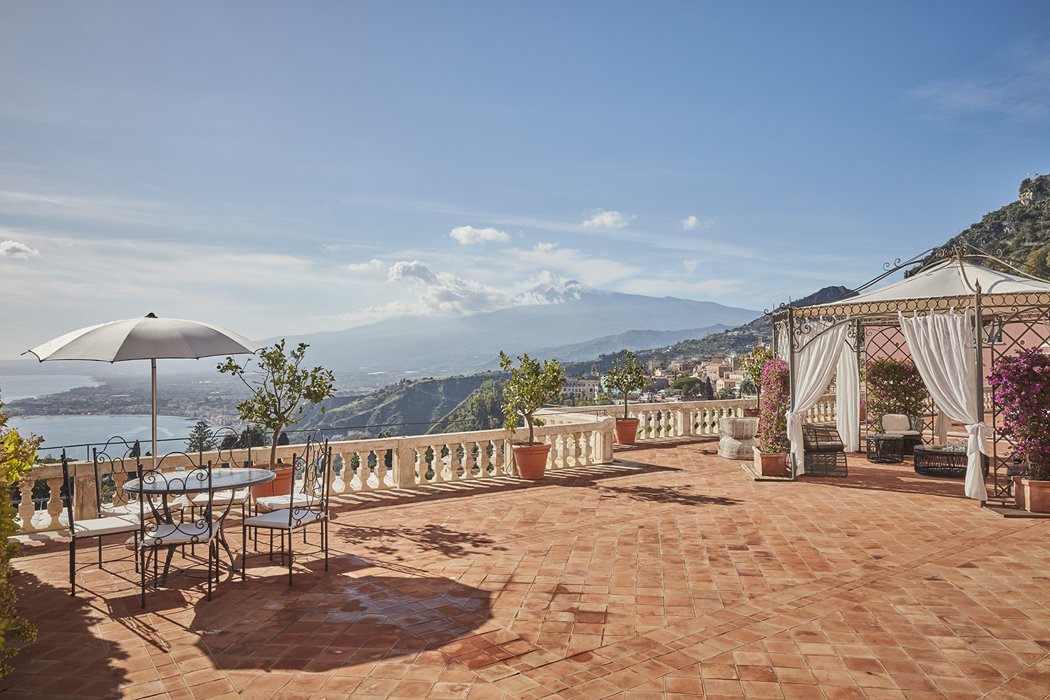Suite terrace of Grand Hotel Timeo