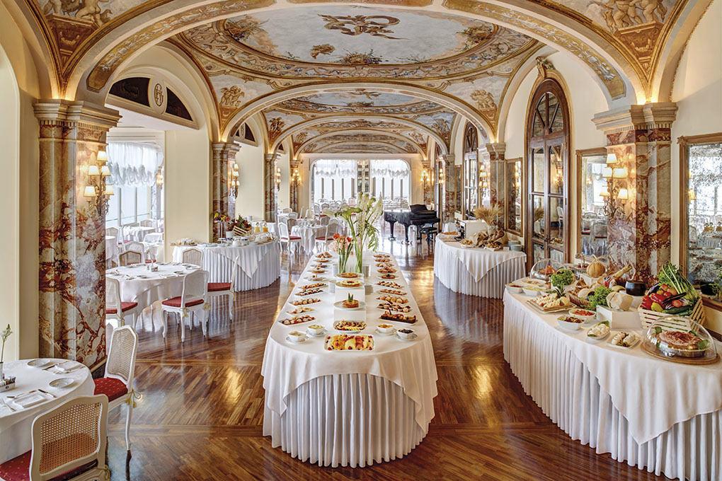 Breakfast buffet at Hotel Excelsior Vittoria