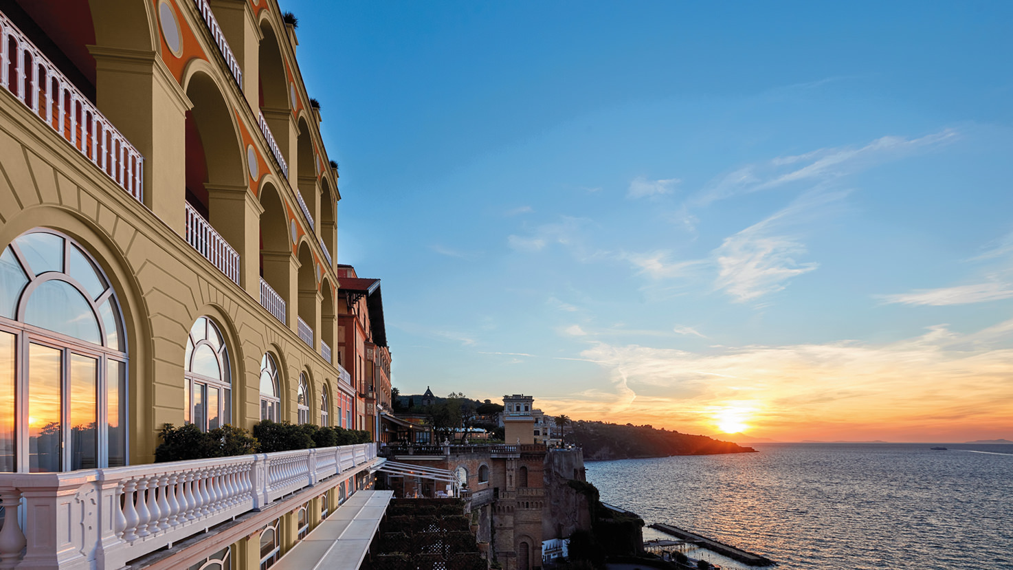 Hotel Excelsior Vittoria with sea view