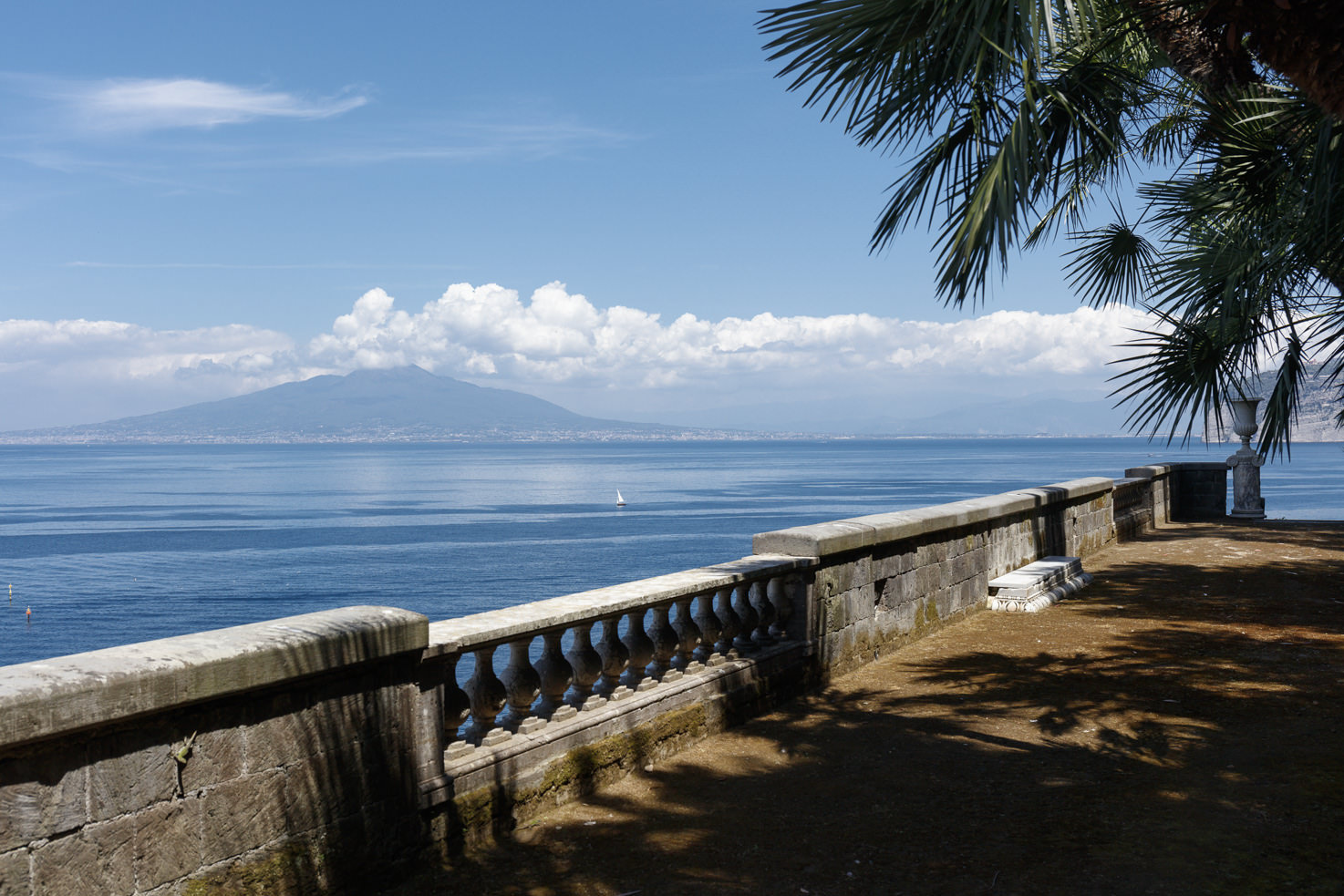 Terrace with view of the Mediterranean and Mt. Vesuvius