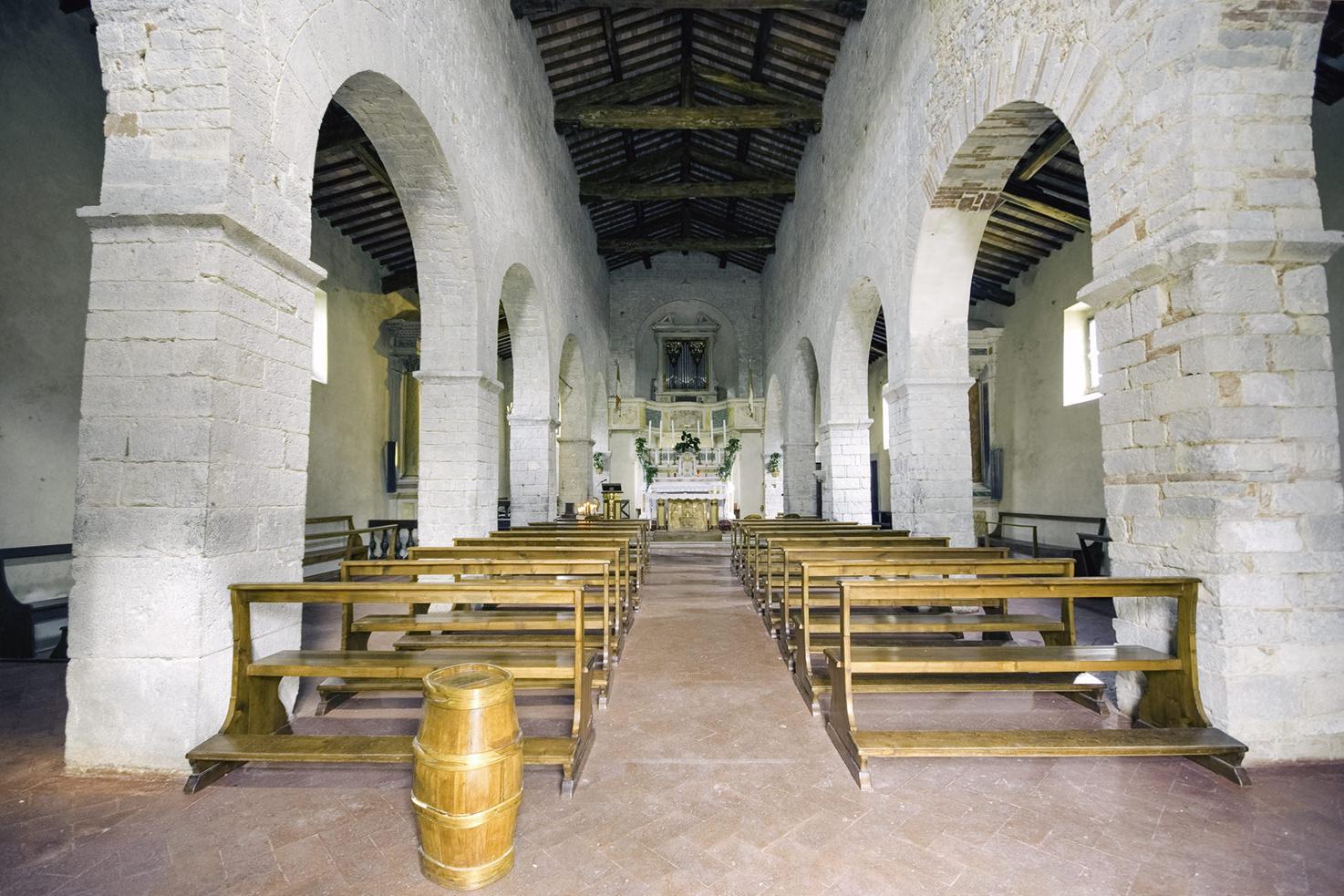 Interior of Pieve di Spaltenna
