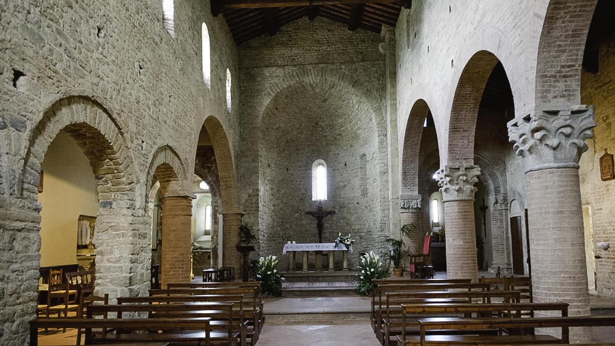 Interior of Pieve di Sant'Appiano